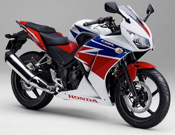 250cc バイク スクーター おすすめ CBR250R MC41