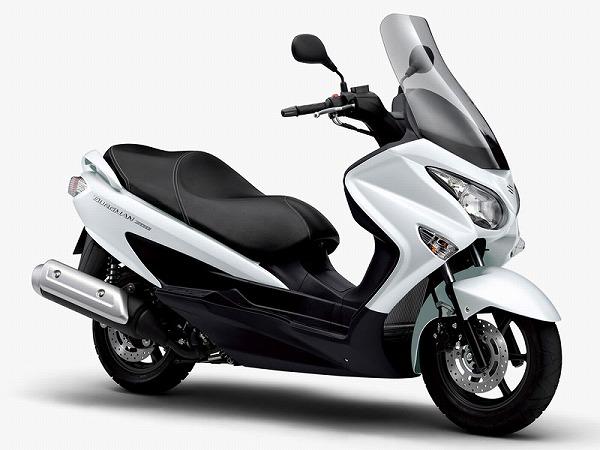 250cc バイク スクーター おすすめ バーグマン スカイウェブ