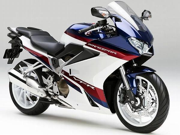 大型バイク 大排気量 大型免許 限定解除 新車 一覧 2021 VFR800F 15