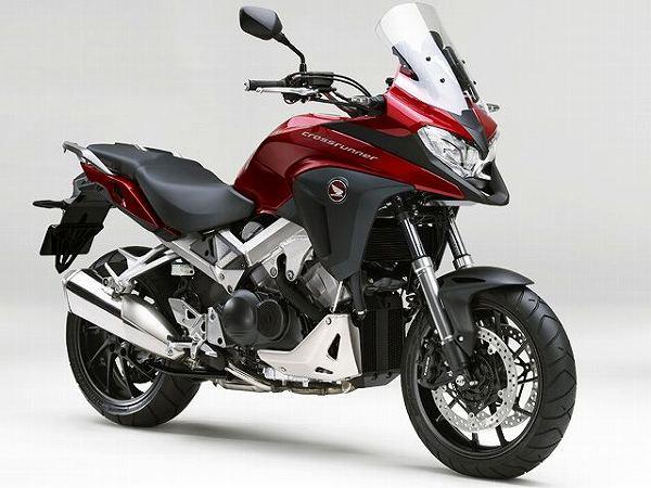 大型バイク 大排気量 大型免許 限定解除 新車 一覧 2021 VFR800X 14